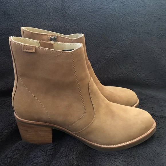 Caramel Suede Roots Liberty Boot